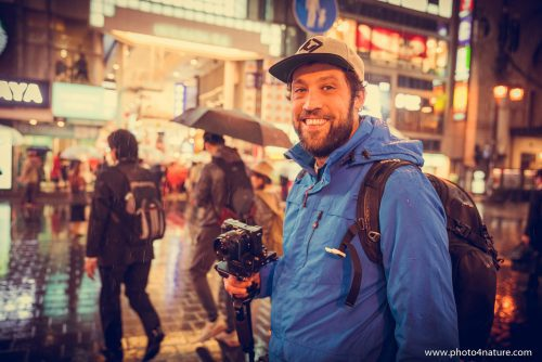 Portrait Christoph in Dotonbori | FE 24-70 f2.8 GM @ 1/200, f2,8, 28mm